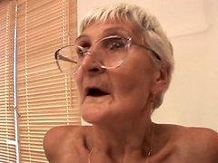A sexy old granny knows how to deliver a blowjob 0 mature sex pics